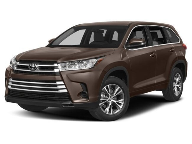 New 2018 Toyota Highlander LE Plus V6 SUV Reno