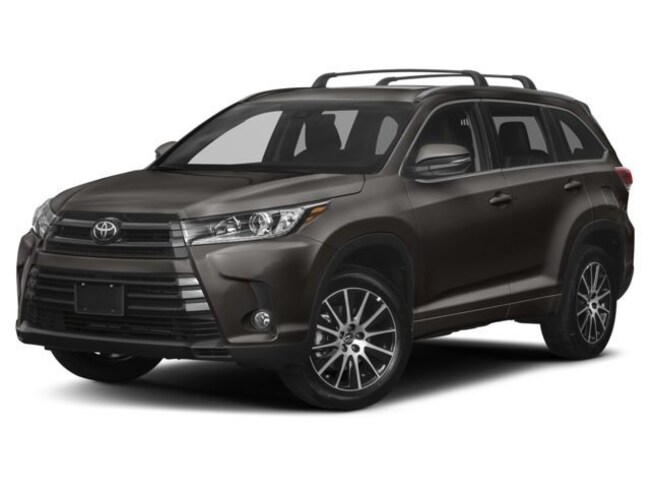 New 2018 Toyota Highlander SE SUV Haverhill, Massachusetts