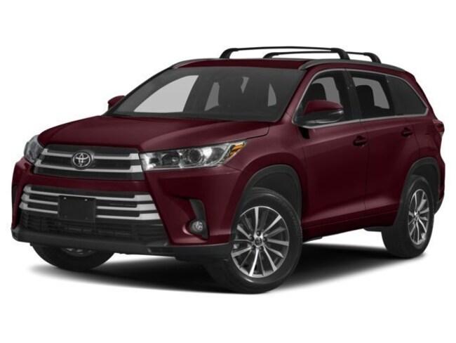New 2018 Toyota Highlander XLE V6 SUV near Middletown CT