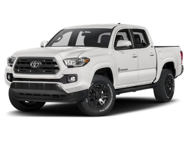 New 2017 2018 Toyota Tacoma SR5 V6 4x2 SR5 V6  Double Cab 5.0 ft SB near Phoenix