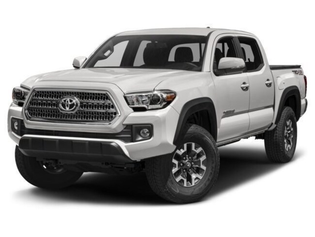 New 2017 2018 Toyota Tacoma TRD Off-Road 4x4 TRD Off-Road  Double Cab 6.1 ft LB near Phoenix