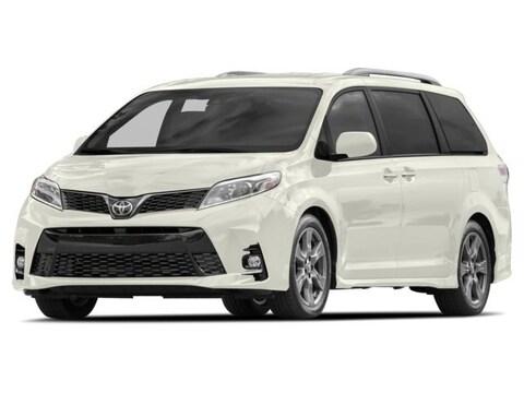 2018 Toyota Sienna XLE Auto Access Seat Van Passenger Van