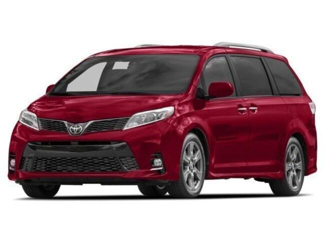 New 2017 2018 Toyota Sienna XLE Premium 8-Passenger XLE Premium 8-Passenger  Mini-Van near Phoenix