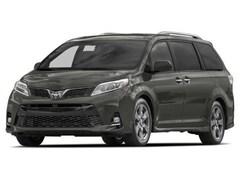 2018 Toyota Sienna XLE Premium 8 Passenger Van Passenger Van