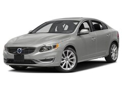 2018 Volvo S60 Inscription Platinum Sedan