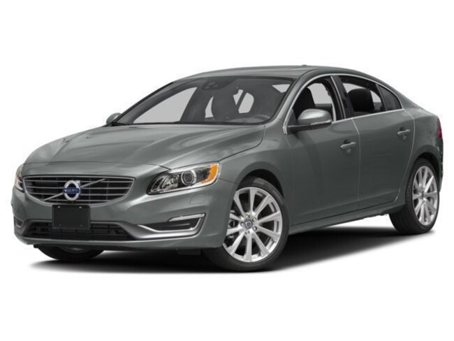 2018 Volvo S60 T5 Inscription AWD Platinum Sedan