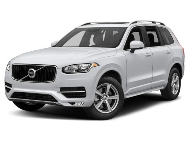 2018 Volvo XC90 T5 AWD Momentum (7 Passenger) SUV YV4102PK9J1357905