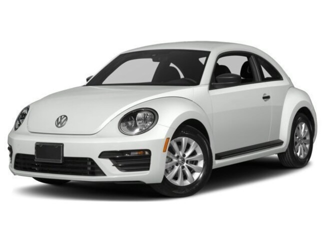 New 2018 Volkswagen Beetle 2.0T SE Hatchback for sale in Fairfield, California