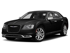 New 2019 Chrysler 300 LIMITED AWD Sedan for sale in Gallipolis, OH