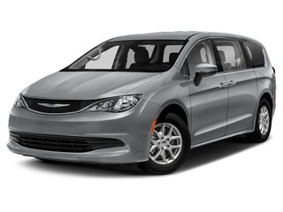 New 2019 Chrysler Pacifica LX Passenger Van for sale near O'Fallon