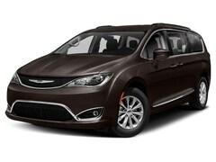 New Chrysler Dodge Jeep Ram models 2019 Chrysler Pacifica LIMITED Passenger Van 2C4RC1GG1KR575806 for sale in Detroit Lakes, MN