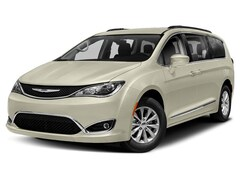 New 2019 Chrysler Pacifica LIMITED Passenger Van for sale in Stuttgart, AR