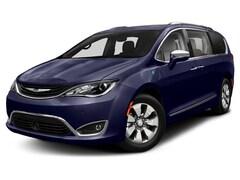 2019 Chrysler Pacifica Hybrid Touring L Van