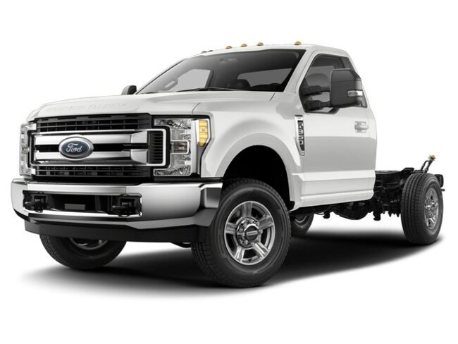 2019 Ford F-350 Chassis Truck Regular Cab 1FDRF3E68KEE89334