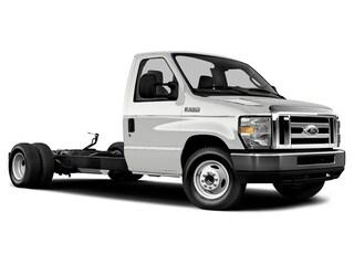 2019 Ford E-450 Cutaway E-450 DRW 158 WB Truck