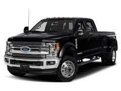 2019 Ford Super Duty F-450 DRW 4WD Crew Cab 8 Box Truck