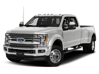 2019 Ford F-450 Crew Cab Pickup