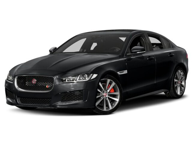 2019 Jaguar XE 25t Landmark Sedan