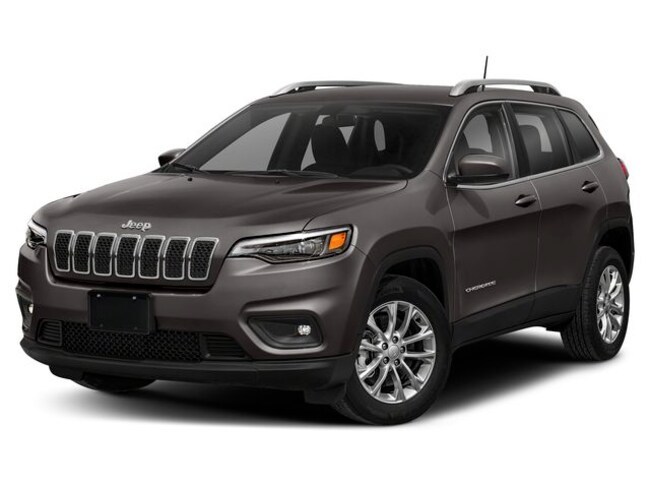New 2019 Jeep Cherokee LATITUDE PLUS 4X4 Sport Utility near Indianapolis