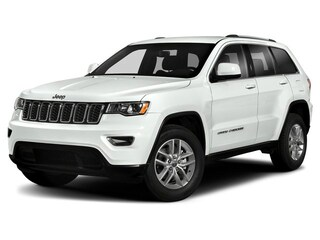 New 2019 Jeep Grand Cherokee ALTITUDE 4X4 Sport Utility 1C4RJFAGXKC563173 in Burlingame