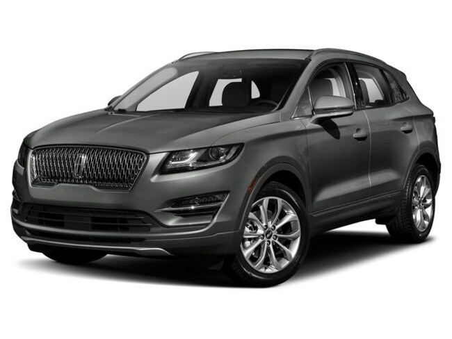 New 2019 Lincoln MKC Base SUV Near Detroit