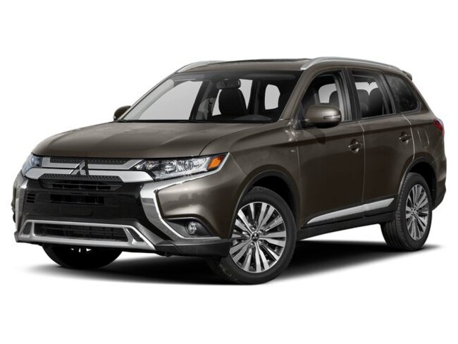 New 2019 Mitsubishi Outlander LE CUV for sale near New Haven, Stamford, Bridgeport, & Waterbury CT