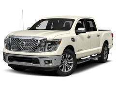 New 2019 Nissan Titan SL Truck Crew Cab for sale or lease in Triadelphia, WV near Washington PA