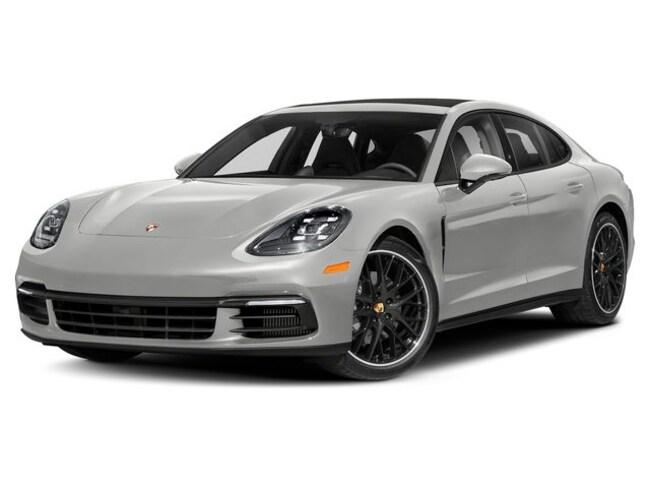 2019 Porsche Panamera 4 Sedan