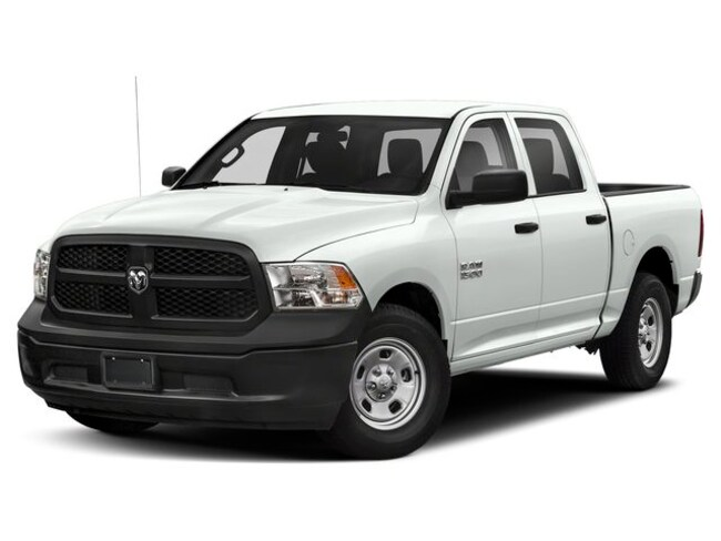 New 2019 Ram 1500 CLASSIC TRADESMAN CREW CAB 4X4 5'7 BOX Crew Cab near Oxford MS