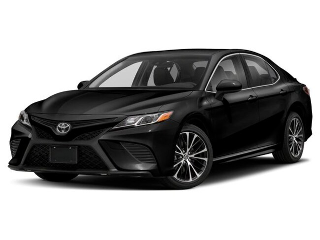 New 2019 Toyota Camry SE Sedan near Hartford