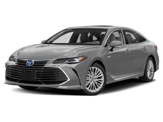New 2019 Toyota Avalon Hybrid XSE Sedan for sale in Southfield, MI at Page Toyota