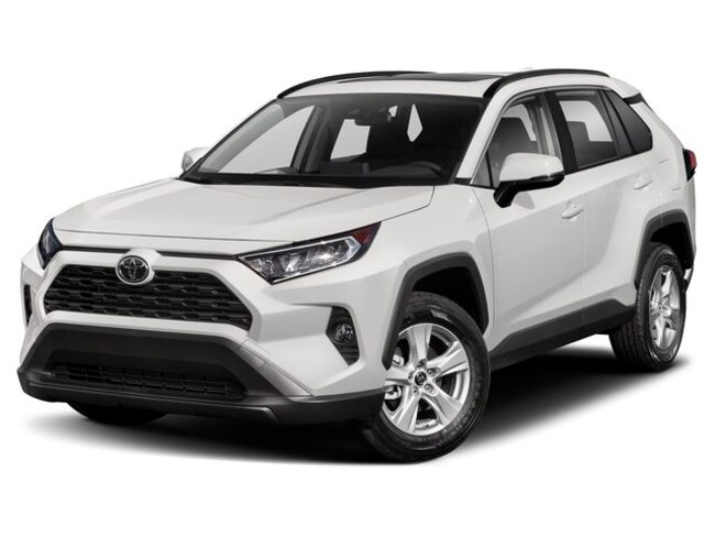 new 2019 Toyota RAV4 XLE SUV in battle creek