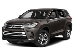 New Vehicle 2019 Toyota Highlander LE V6 SUV For Sale in Coon Rapids, MN
