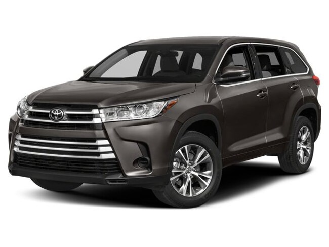 New 2019 Toyota Highlander LE V6 SUV for sale in Boulder, CO