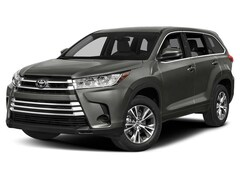 New 2019 Toyota Highlander LE V6 SUV for sale