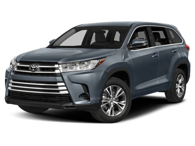 New 2019 Toyota Highlander LE V6 SUV dealer in Nampa ID - inventory