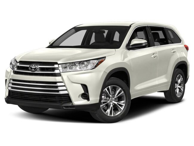 New 2019 Toyota Highlander LE Plus V6 SUV Westminster