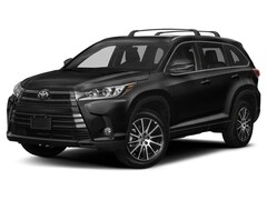 New 2019 Toyota Highlander SE SUV