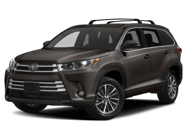New 2019 Toyota Highlander XLE SUV in Oakland, CA