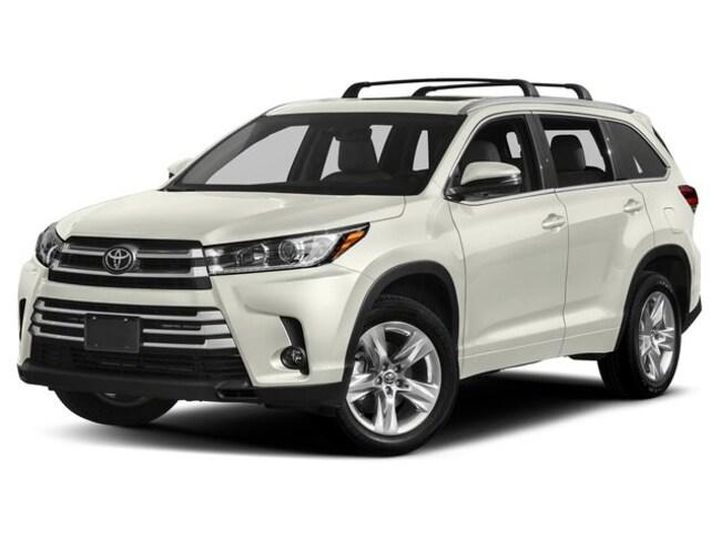 New 2019 Toyota Highlander Limited V6 SUV in Appleton