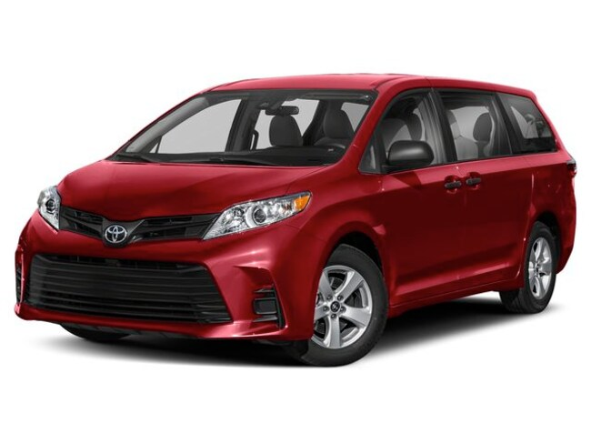 New 2019 Toyota Sienna LE 8 Passenger Van Passenger Van for sale in the Brunswick, OH