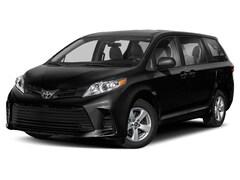 New 2019 Toyota Sienna XLE Premium Minivan/Van
