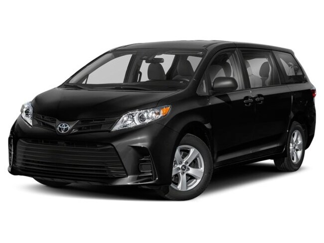 New 2019 Toyota Sienna Limited Premium 7 Passenger Van for sale in the Brunswick, OH
