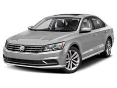 New 2019 Volkswagen Passat 2.0T SE R-Line Sedan For Sale in Medford, OR