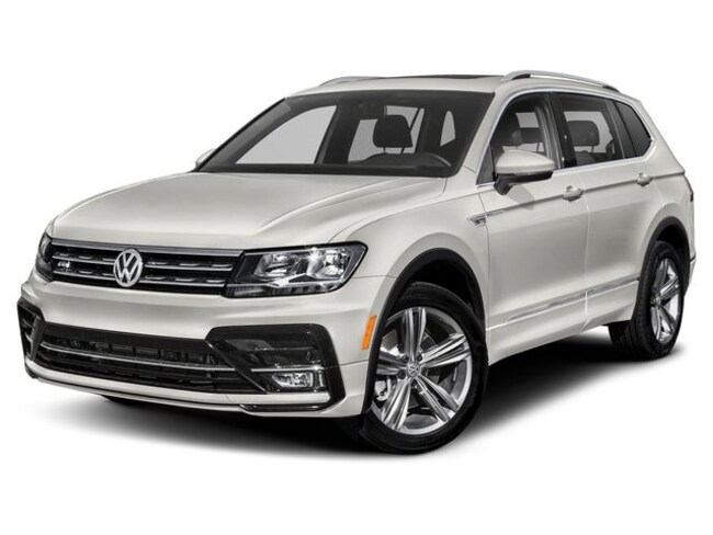 New 2019 Volkswagen Tiguan 2.0T SEL R-Line Jet-Black 4MOTION SUV in Rochester, NY