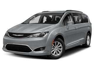 New 2020 Chrysler Pacifica Touring L Van Passenger Van For Sale in Mount Carmel