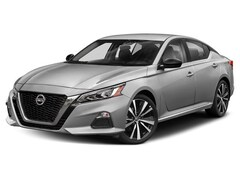 New 2020 Nissan Altima 2.0 SR Sedan For sale in Ames, IA
