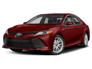 New 2020 Toyota Camry Hybrid XLE Sedan for sale in Dodge City, KS