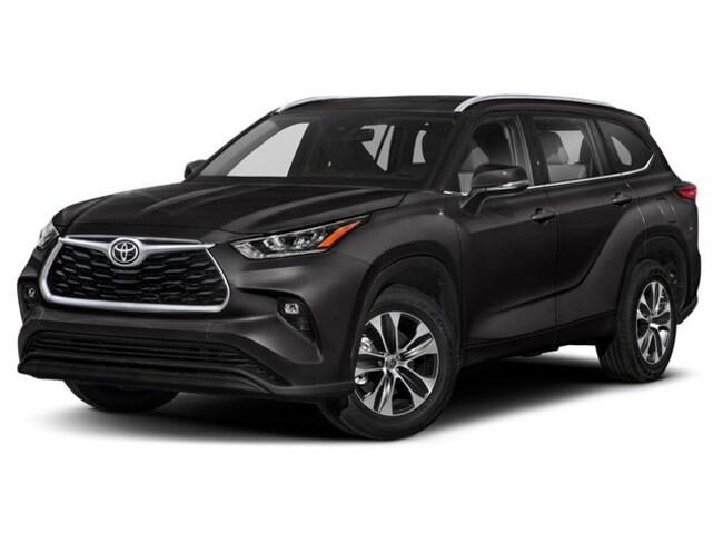 2020 Toyota Highlander XLE SUV  Sport Utility