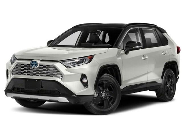 New 2020 Toyota RAV4 Hybrid XSE SUV in Appleton
